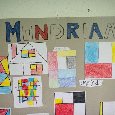 <strong></strong><br><p>Mondriaan de Stijl bij geschiedenis</p>