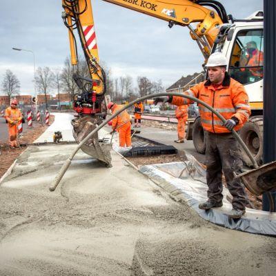 <strong>Betonweg</strong><br><p>Aanleg van en betonweg - Drachten</p>