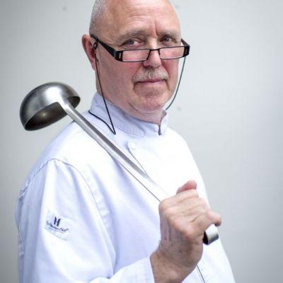 <strong>Jan Gaastra</strong><br><p>Chef-kok levert na 20 jaar zijn Michelinster in - Drachten</p>