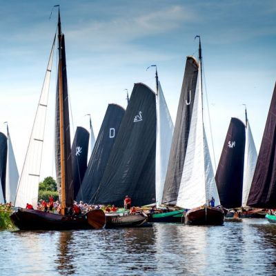 <strong>SKS Skûtsjesilen</strong><br><p>Start in het Griedmansrak - De Veenhoop</p>