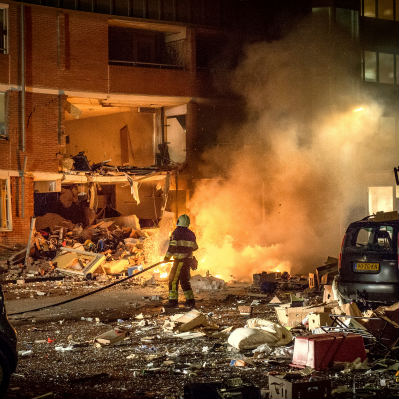 <strong>Gasexplosie</strong><br><p>12 huizen zijn onbewoonbaar na gasexplosie. Drachten</p>